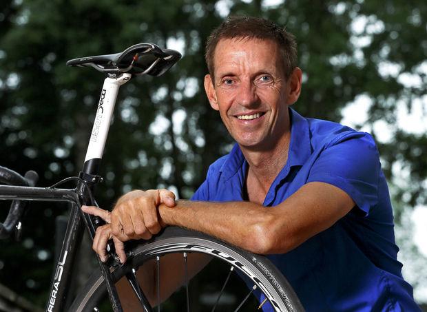 Steven Rooks brak in 1983 in één klap door door een overwinning in de klassieker Luik-Bastenaken-Luik.